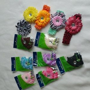 Other - 🌷3/$15🌷 Set of flower clips and headbands